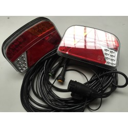 LED 4 GLOCTRAC 7-Funktionen Rücklicht  Komplett Satz mit 6,3/8 M Kabel | 12/24V |   240*150